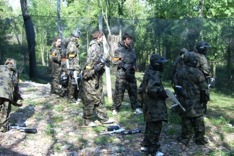 Paintball v Komnu - paket za 6 oseb